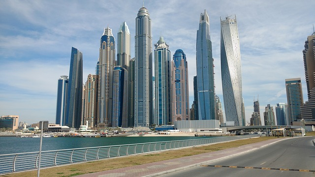 contracting in the UAE