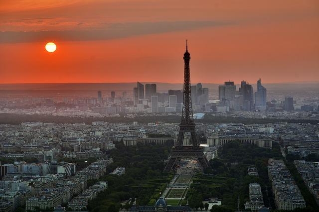 UBS tax evasion trial begins in France