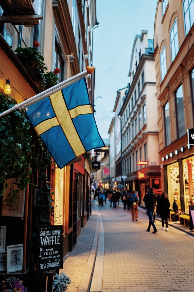 Contracting in Sweden