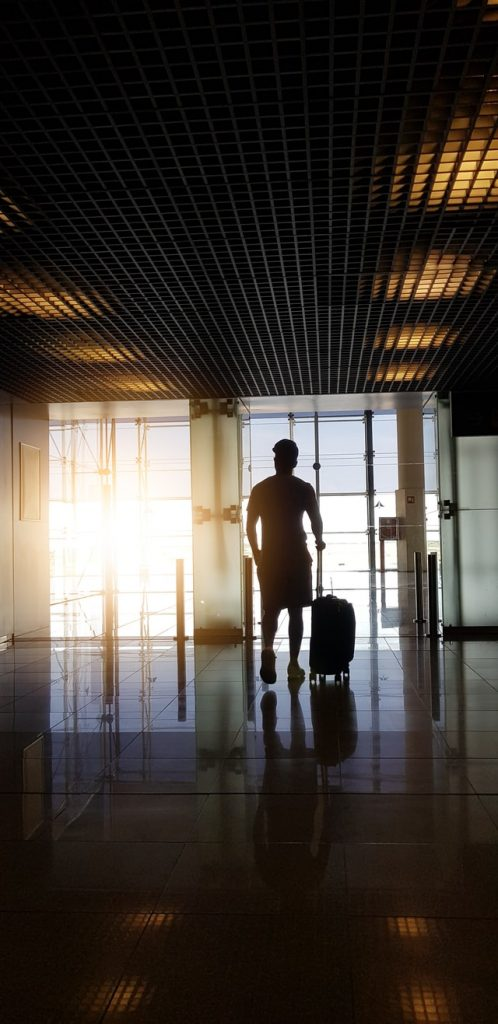 International contractor travelling